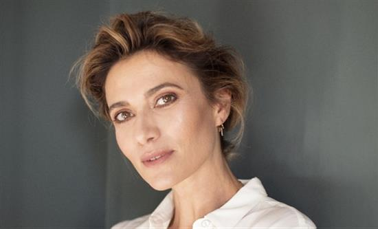 Actress Anna Foglietta will host the opening  at the Venice festival